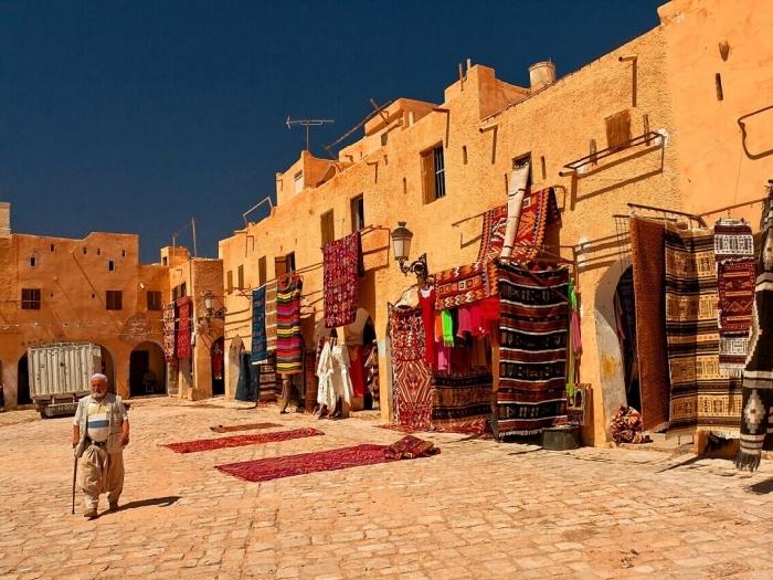 Путешествие в Алжир