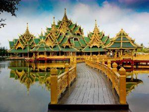 Древний город Samutprakarn