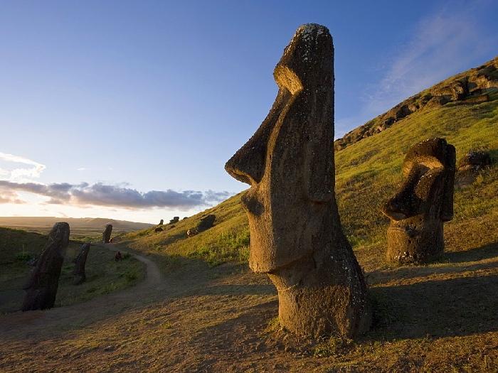 Моаи на острове Пасха. Статуи Моаи