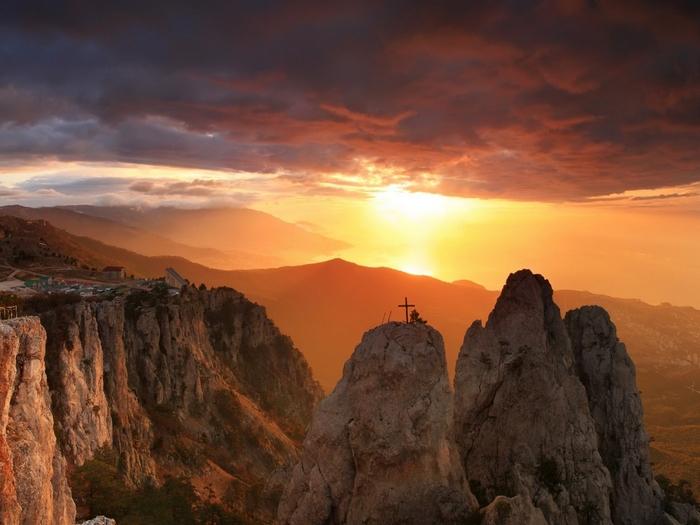Закат над Ай-Петри