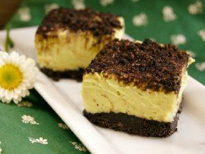 Авокадное пирожное