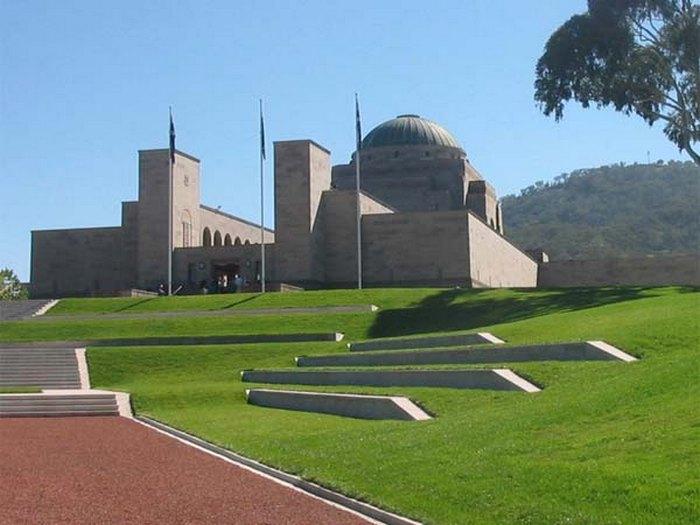 Австралийский-военный-мемориал-в-Канберре-1
