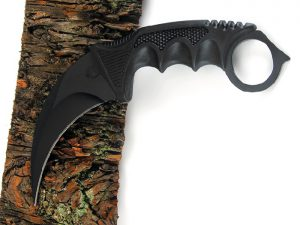 Strike Black Karambit