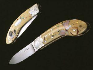 Женский нож