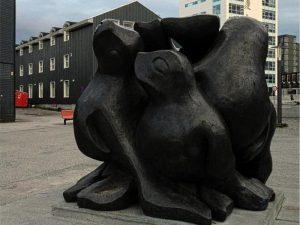 Детеныши-тюлени в городе Нуук