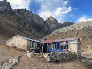 Дом шерпа в Лобуче
