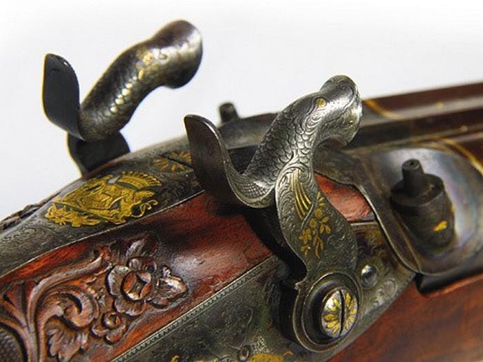 Оформление старинного ружья