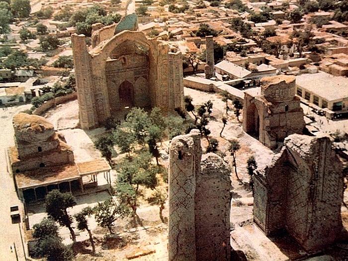 Мавзолей Биби Ханум в 19 веке