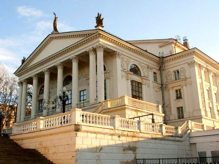 Театр имени А.В.Луначарского