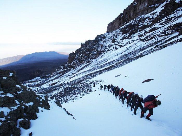 Так идут на Килиманджаро