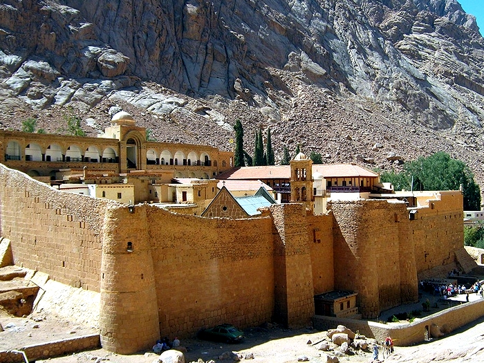 Монастырь крепость