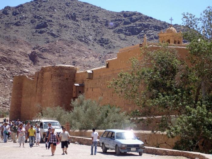 Монастырь-крепость