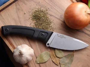 Мужской нож