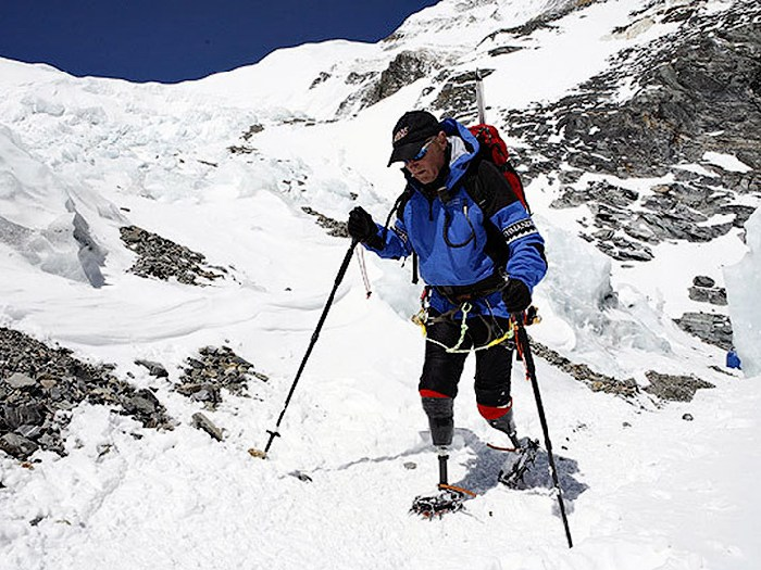 На Эверест на протезах