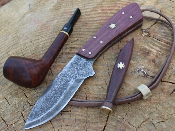 Нож из дамаска