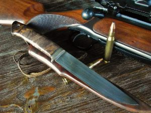 Нож на охоте