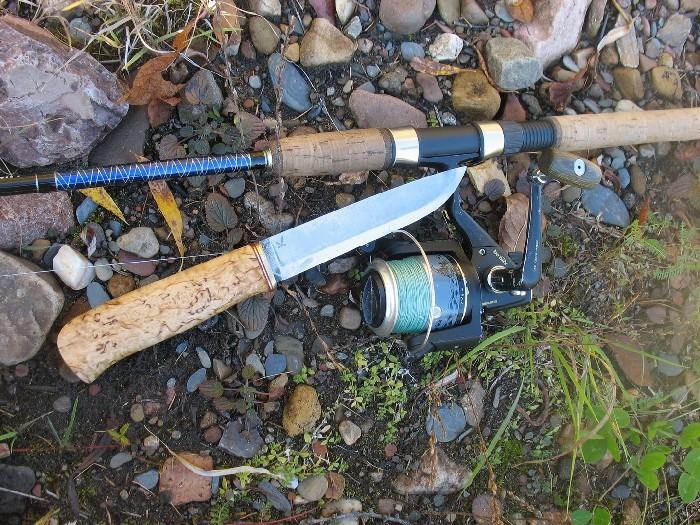 Нож на рыбалке