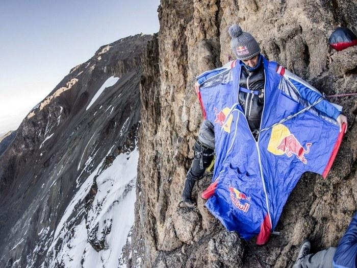 Прыжок с Килиманджаро