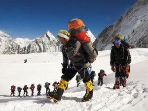 Рабочие Эвереста