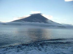 Вулкан Алаид в Охотском море