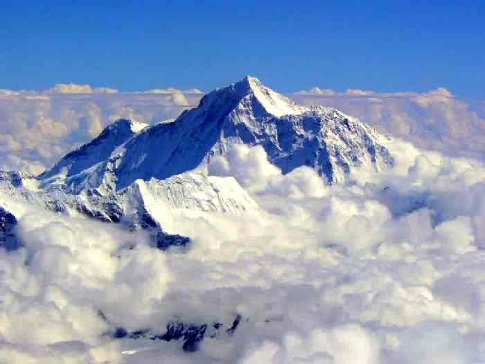 Выше Эвереста