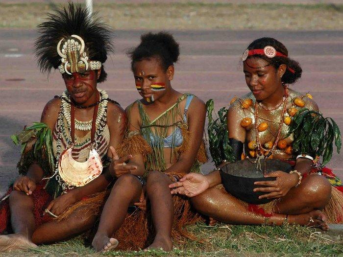Женщины племени