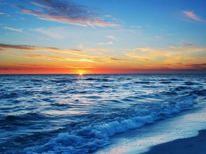Поэма о море