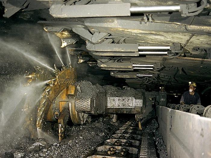 Механизация рудника Пирамида