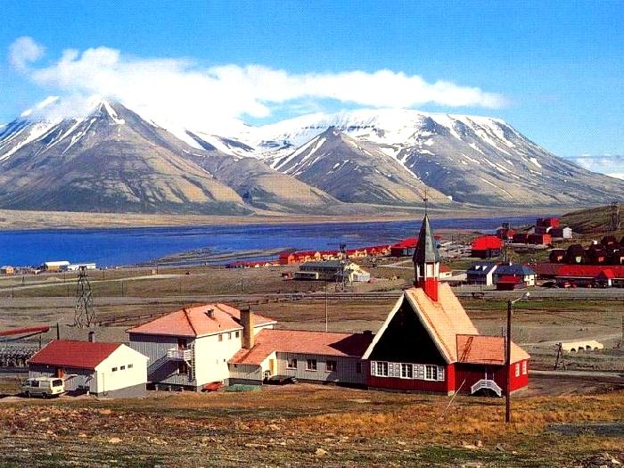 Свальбард-Кирке