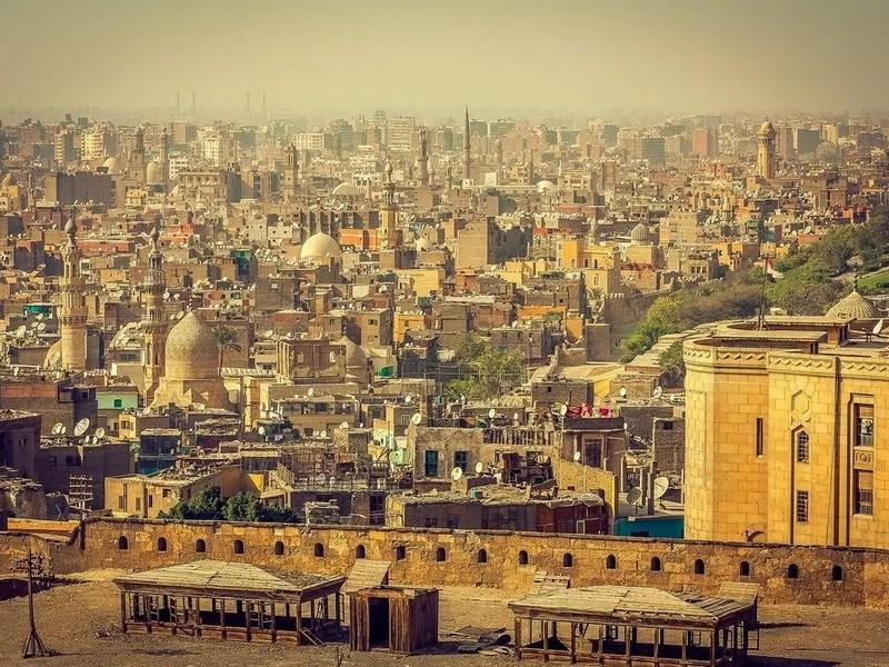 Полуразрушенный Каир